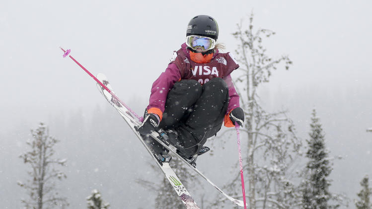 Blunck, Sigourney edge closer to Olympics