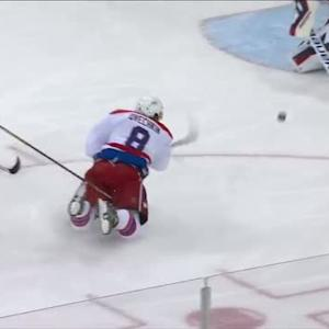 Ovechkin scores unbelievable goal from knees