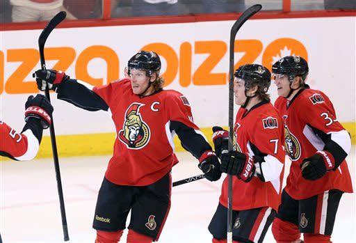 Senators pound Canadiens 6-1, take 2-1 series lead