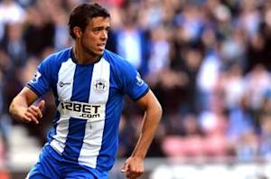 Martinez urges Di Santo to sign new Wigan deal