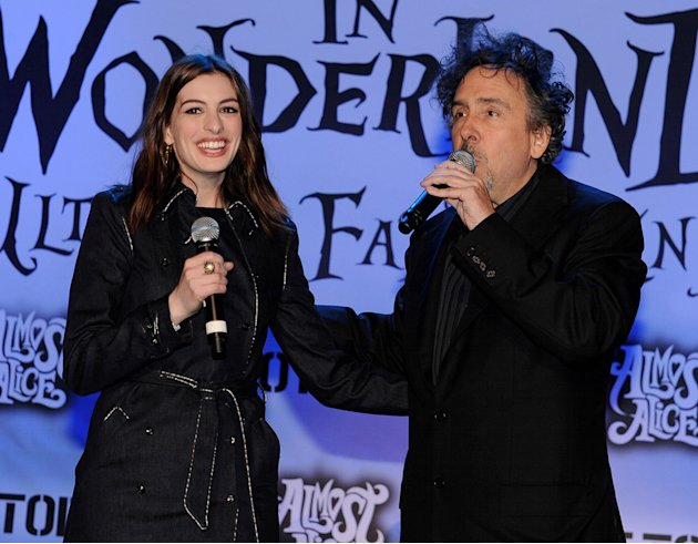 Alice in Wonderland Fan Event 2010 Anne Hathaway Tim Burton