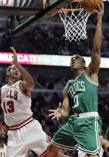 Deng, Noah lead Rose-less Bulls past Celtics