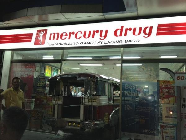 Jeepney hits Mercury Drug