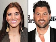 Hope Solo y Maks Chmerkovskiy via People