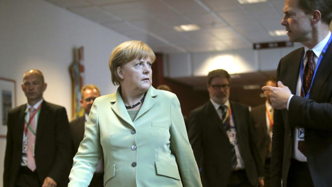Irish, German leaders slam Anglo bank's arrogance