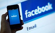 Facebook Responds To Email &#39;Hijack&#39; Claims