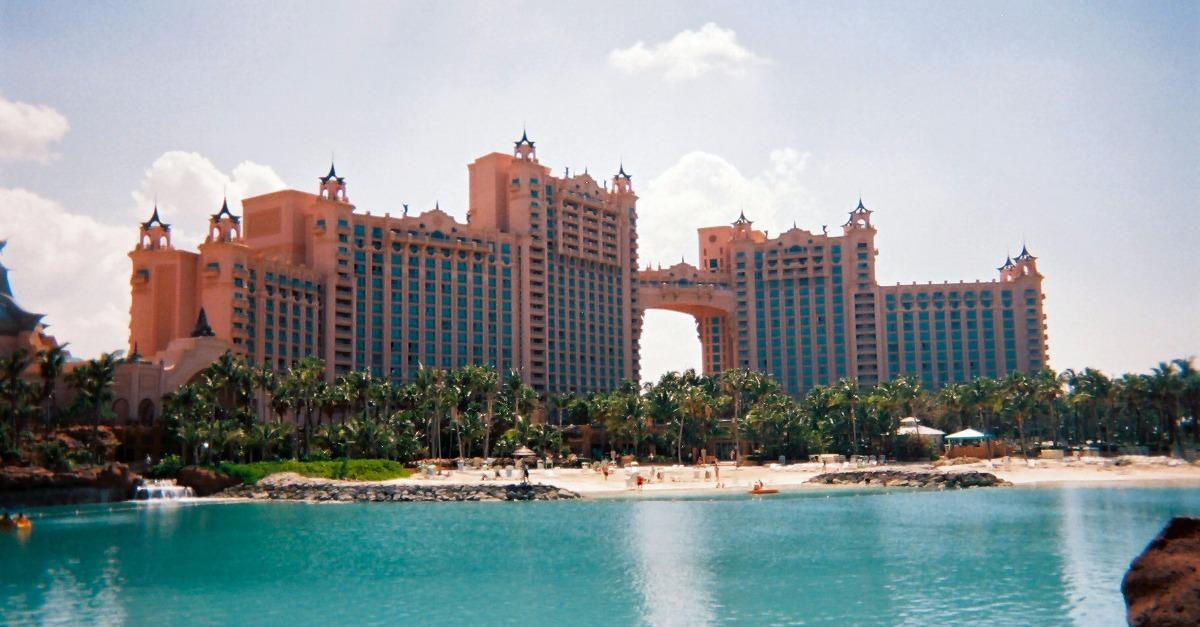 25 Images from the Atlantis Resort in the Bahamas