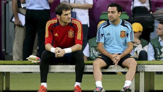 Casillas and Xavi Spain.EFE