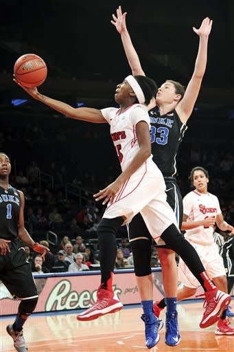 Williams leads Duke women over St. John's