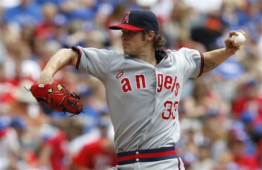 Angels top Rangers in Wilson's second start in row