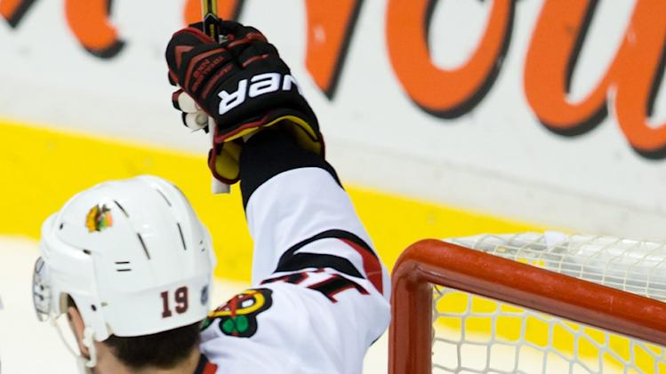 Shaw, Kruger lift Blackhawks over Canucks, 2-1