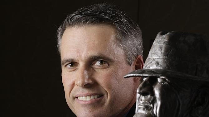 Petersen leaving Boise State for Washington