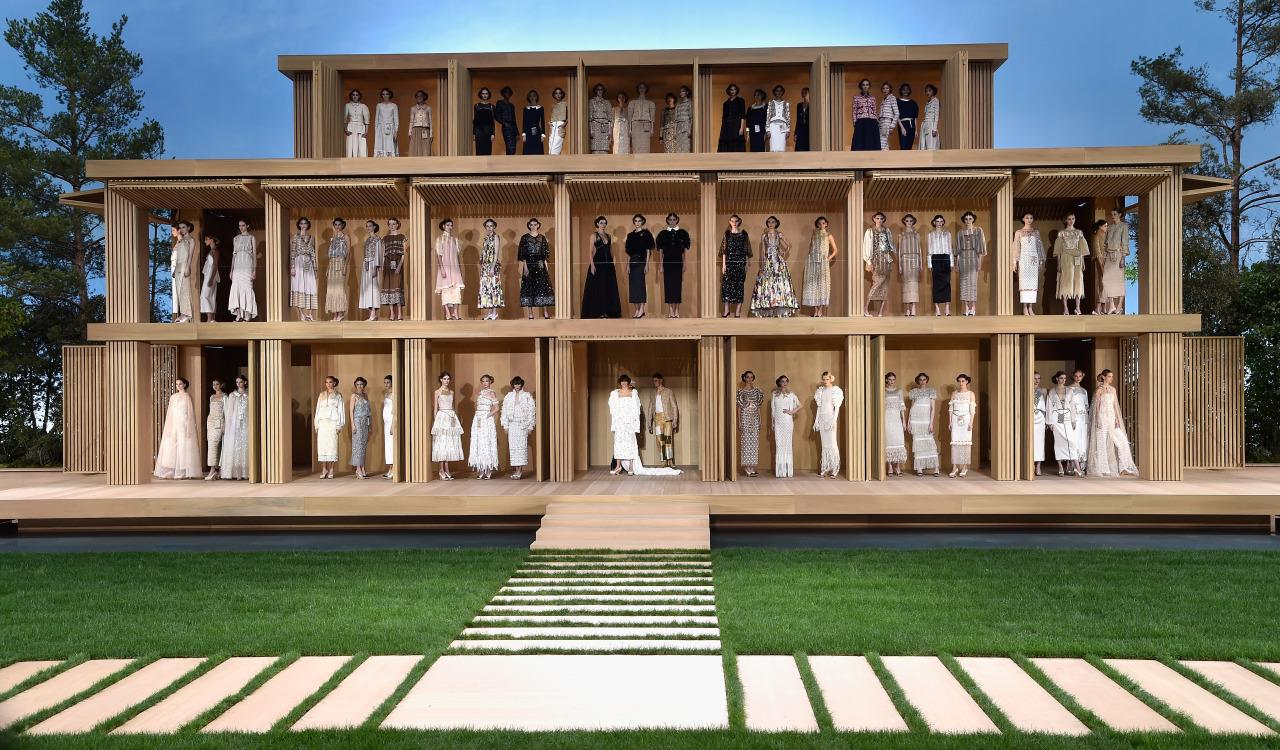 Fashion Week: Chanel's Most Insanely Spectacular Catwalk Shows Of All Time