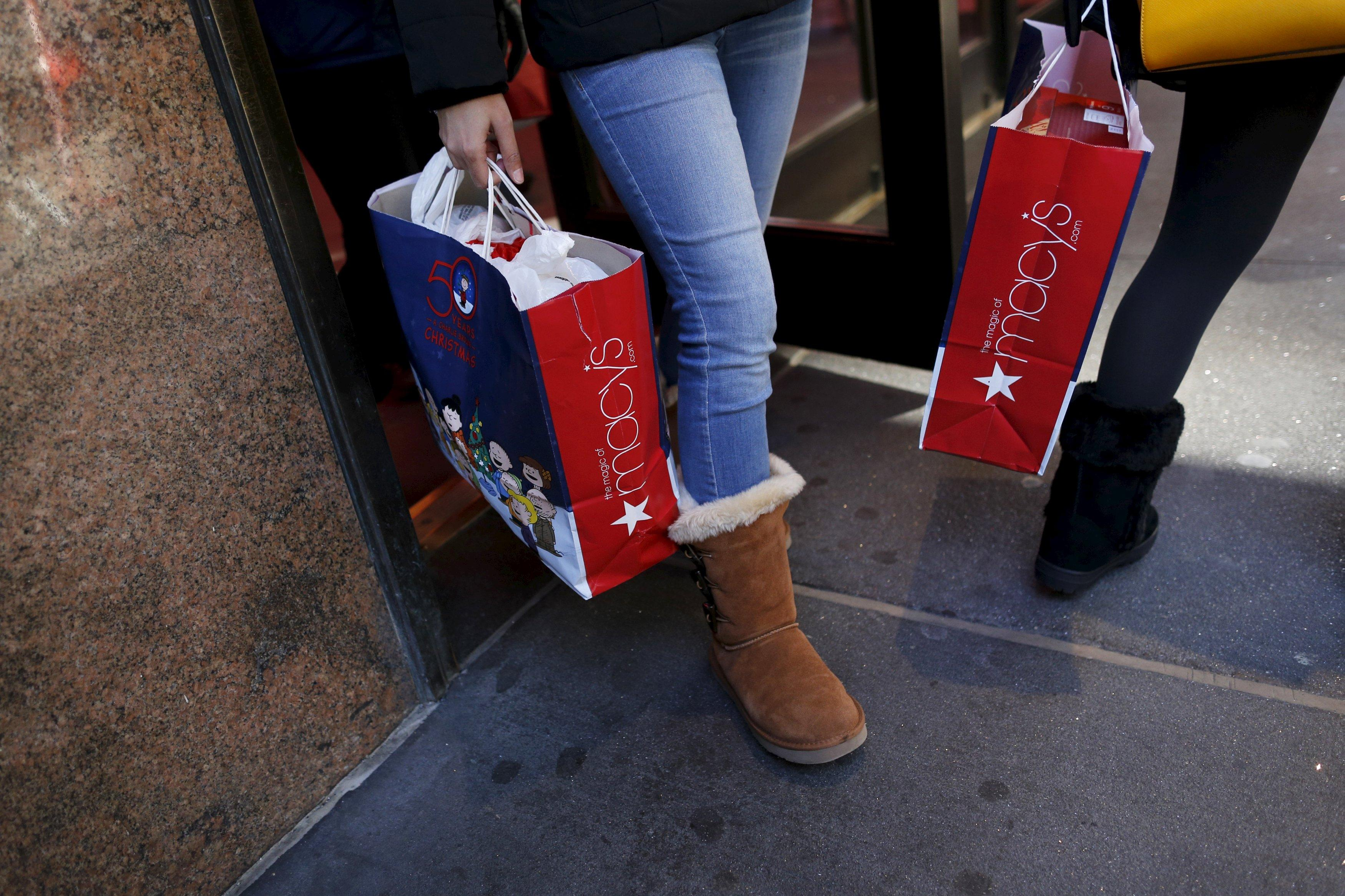 Secret perks: Why department store clerks are so pushy about credit cards
