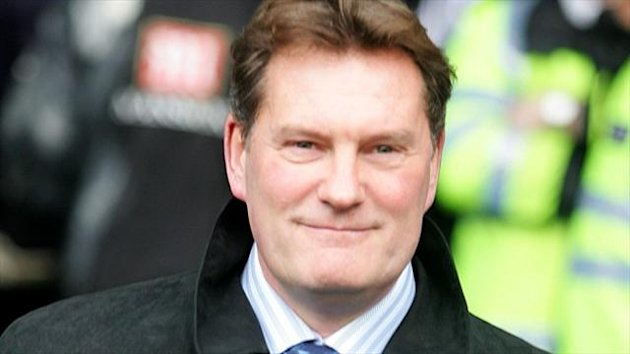 Glenn Hoddle, pictured, thinks Gareth Bale's proposed transfer to Real Madrid could be a mistake