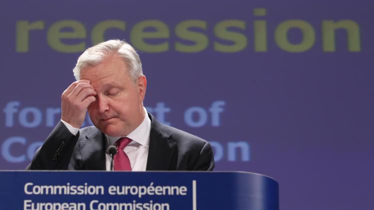 EU predicts eurozone recession to continue in 2013