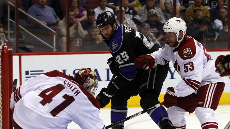 NHL: Los Angeles Kings at Phoenix Coyotes