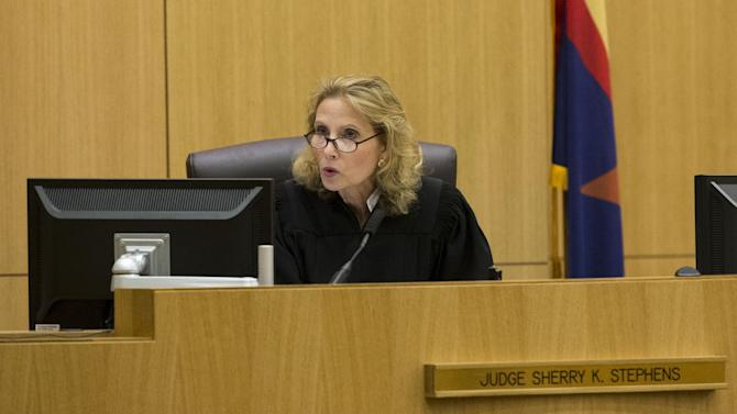 Judge Sherry Stephens urges the jury to continue deliberating after the jury delivered a message that they are deadlocked on a penalty for Jodi Arias on Wednesday, May 22, 2013 during the penalty phase of her murder trial at Maricopa County Superior Court in Phoenix.   Arias was convicted of first-degree murder in the stabbing and shooting to death of Travis Alexander. (AP Photo/The Arizona Republic, Rob Schumacher, Pool)