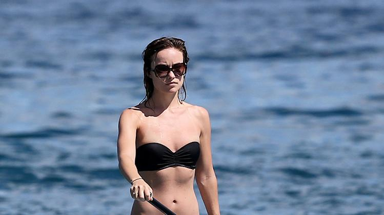 Olivia Wilde & Jason Sudeikis Out Paddle Boarding In Hawaii