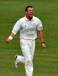 Tony Palladino has secured his long-term future with a new deal at Derbyshire