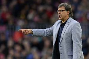 Martino criticizes Song display