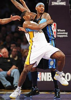 Artest pushes Lakers forward