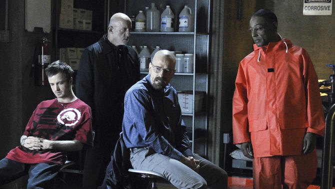 'Breaking Bad' donates cast clothing to NM shelter