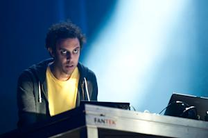 Four Tet Looks Back on 'Rounds'
