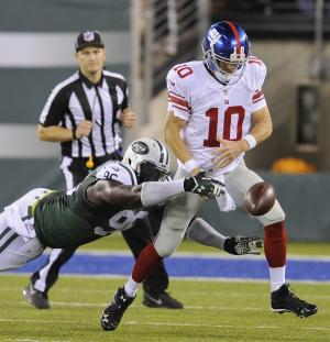 Schwartz injury has Giants' O line in flux
