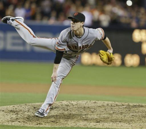 Lincecum throws 1st no-hitter, beating SD 9-0