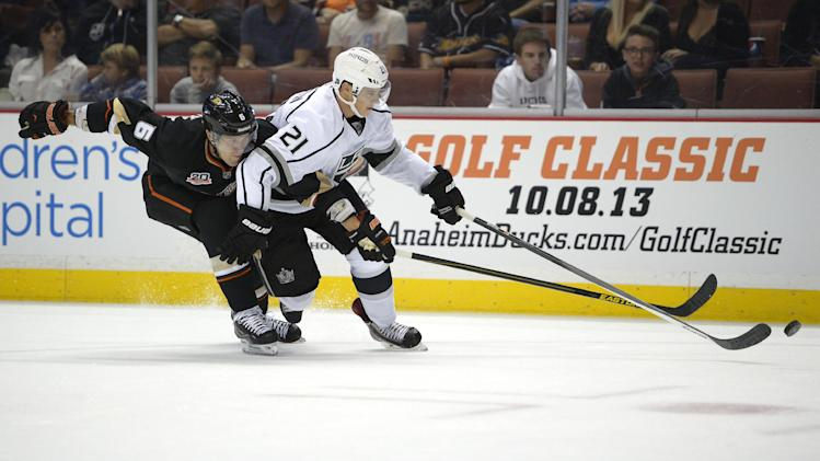 Matt Frattin working to catch on with LA Kings