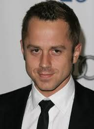Giovanni Ribisi To Star In Fox Comedy Series 'Dads', Replaces Tommy Dewey