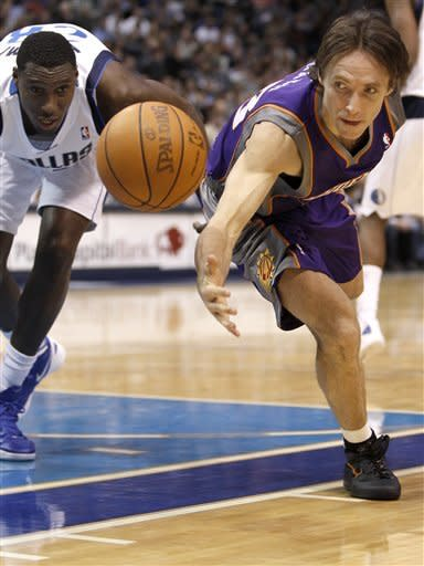 Nowitzki leads Mavs past Suns in 1,000th game