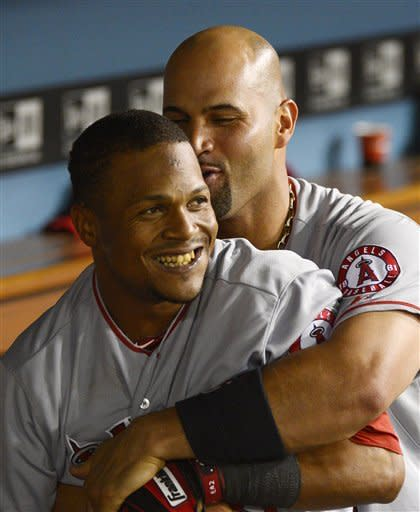 Aybar, Callaspo homer to lead Angels over Dodgers