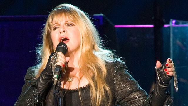 Stevie Nicks Performs at 'GMA' Summer Concert Series, but What Happened to the Rest of the Band?
