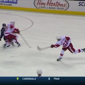 DeKeyser blasts one by Bobrovsky