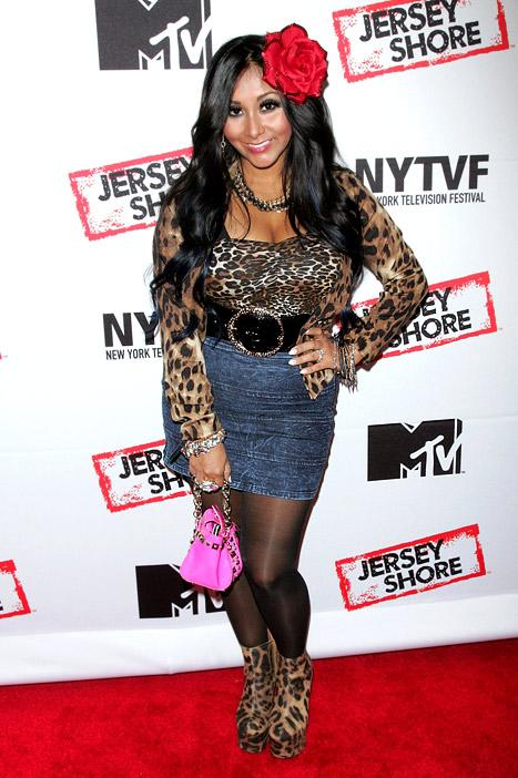 PICTURE: Snooki Makes First Red Carpet Appearance Post-Baby