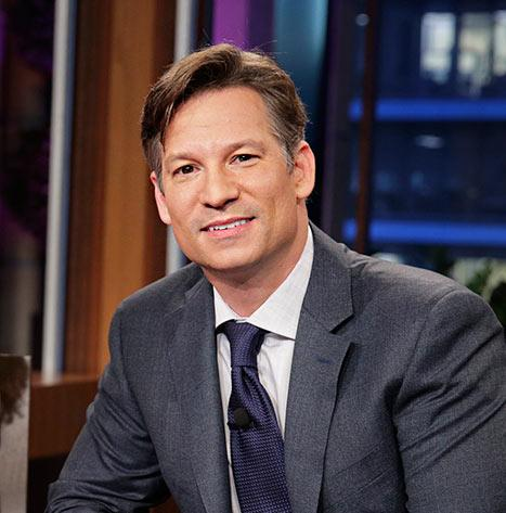 "Richard Engel Marries ""Longtime Love"" Mary Forrest, NBC Correspondent Expecting First Child"