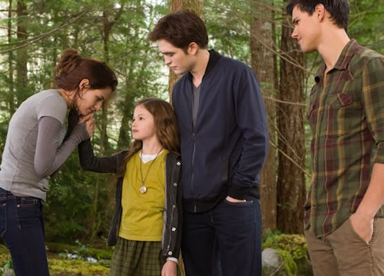 'Breaking Dawn - Part 2' Reviews: Is This the Best 'Twilight' Ever?