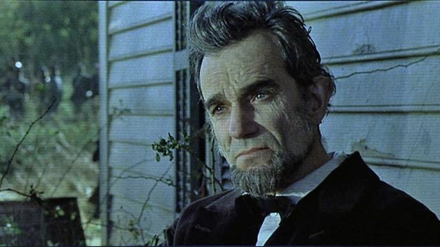 """Lincoln"" leads Oscar nominations"