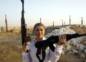 Usai Revolusi, Ratusan Ribu Wanita Mesir Memiliki Senjata Api