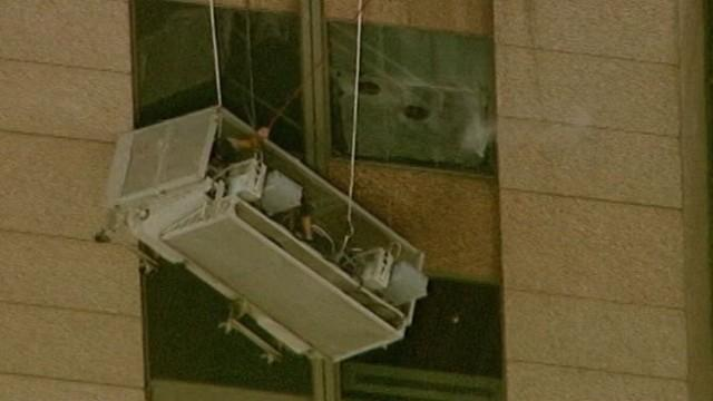 NYC Firefighters Rescue Dangling Window Washers