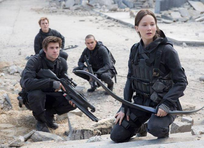 Jennifer Lawrence Shares First Photo From 'The Hunger Games: Mockingjay – Part 2′