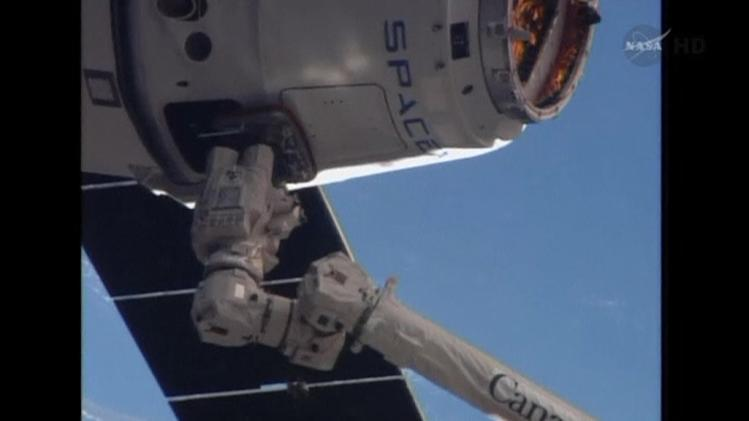 SpaceX's Dragon spacecraft captured by International Space Station