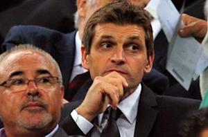 Vilanova: Barcelona is 'always having problems with central defenders'