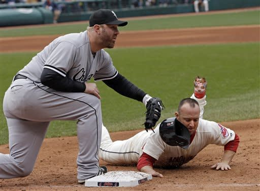 Peavy, Konerko, White Sox end skid, beat Indians