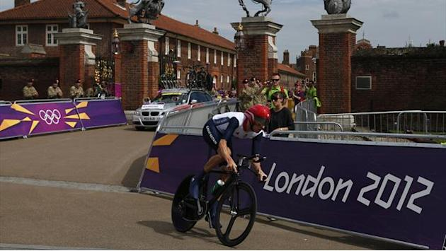 Wiggins soars to Olympic time trial gold