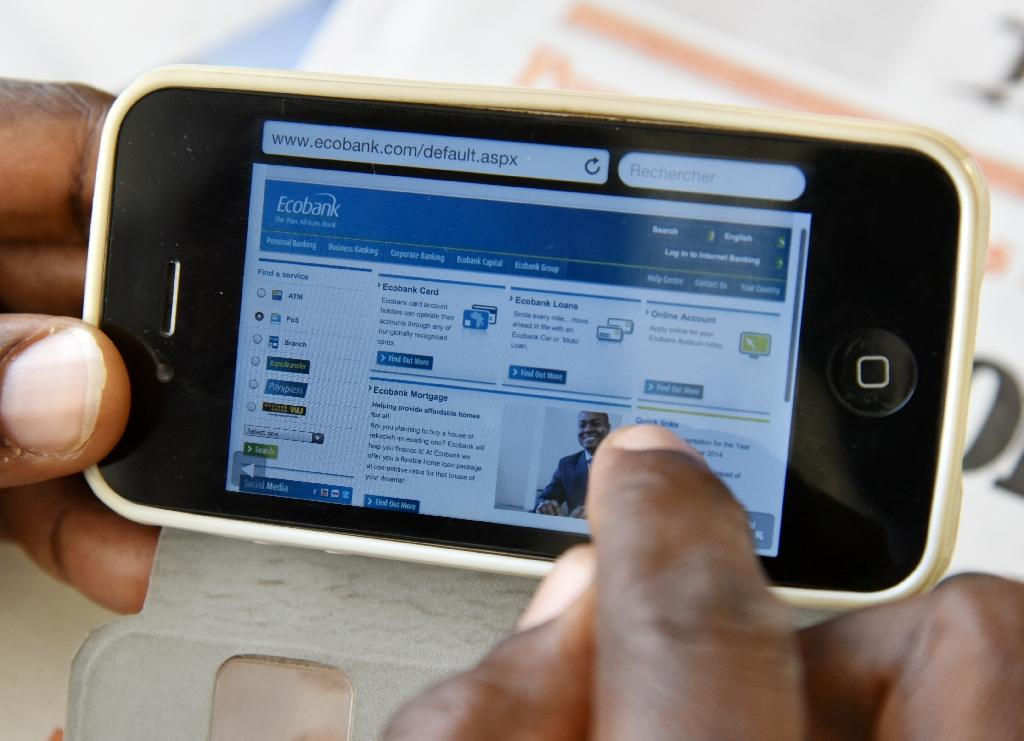 Phone-packed Africa leads way in take-up of mobile banking