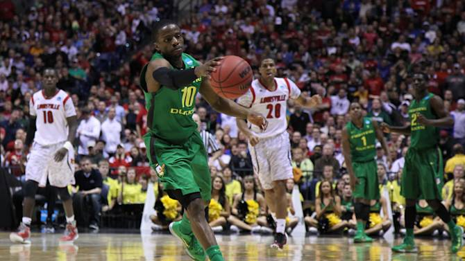 NCAA Basketball: NCAA Tournament-Louisville vs Oregon