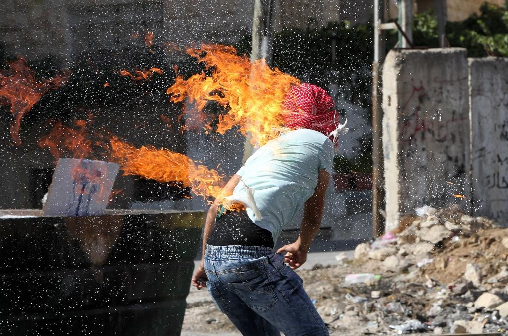 Outbreak of violence between Palestinians and Israelis